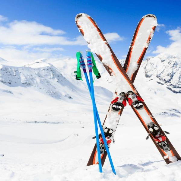 Skis in snow