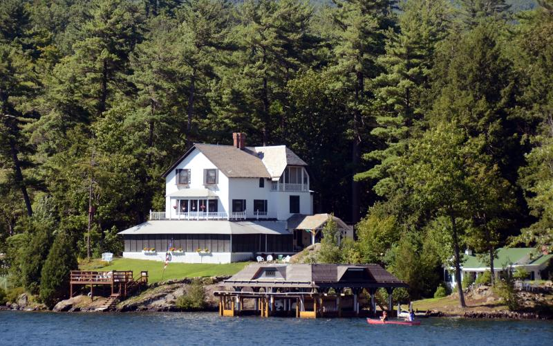 Lake George Cabin Rentals from 52 HomeToGo